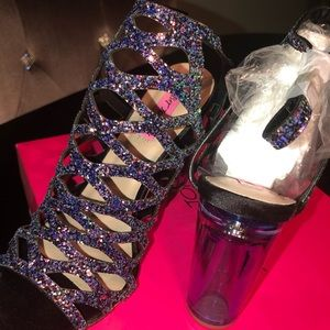Brand new Betsey Johnson Kerena Sandals 8.5